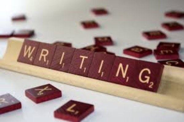 Άρχισα να γράφω γιατί...